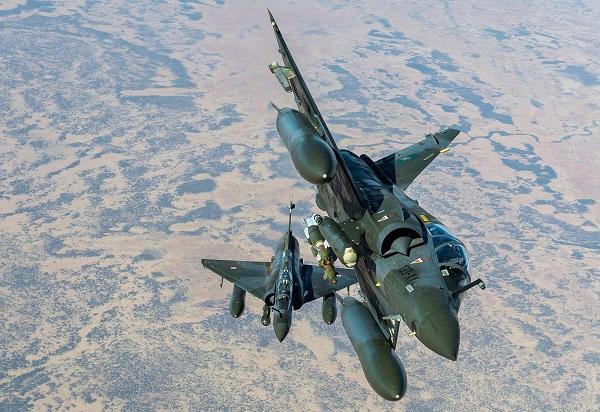 Grosse manœuvre aérienne pour des opérations dans le Gourma 2000d-10