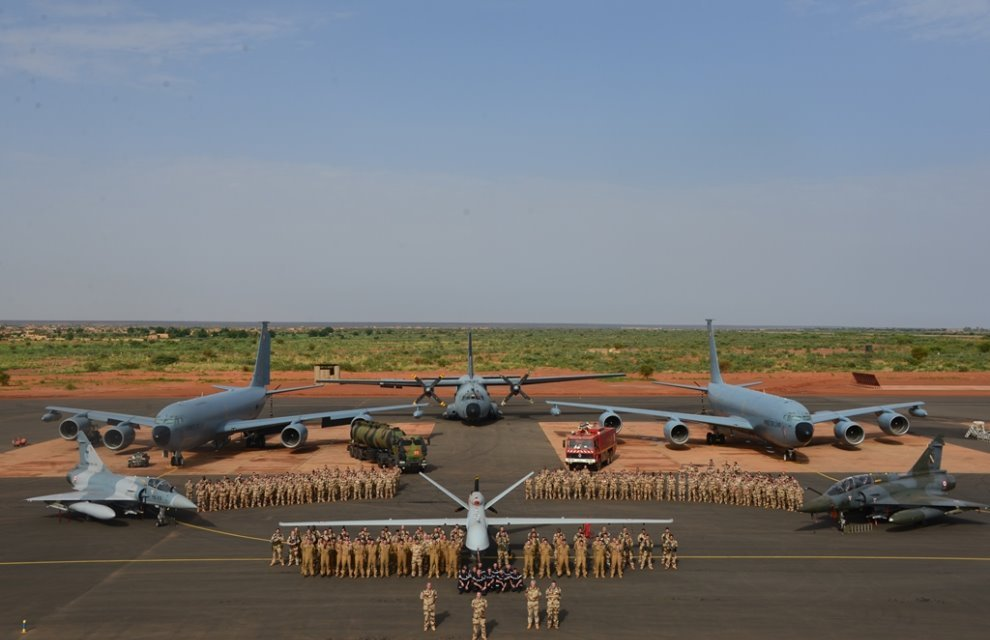 La France développe sa base au Niger  2016_n10