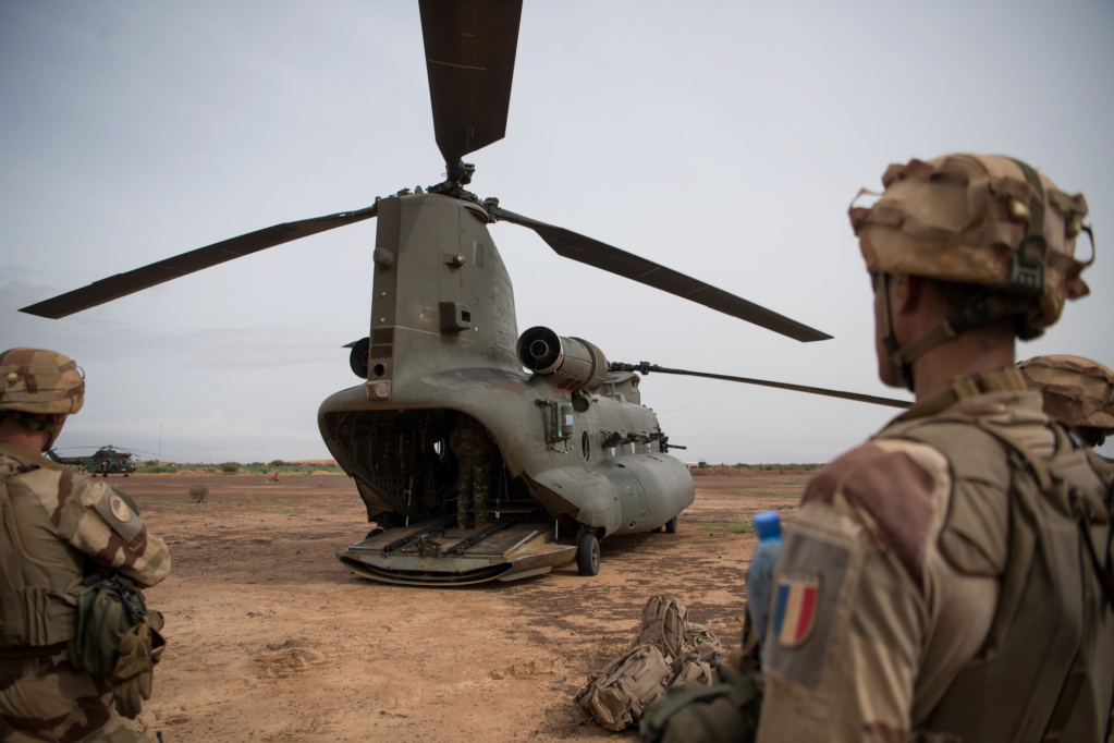 Des hélicos britanniques pour l'opération Barkhane au Sahel 2018_e33