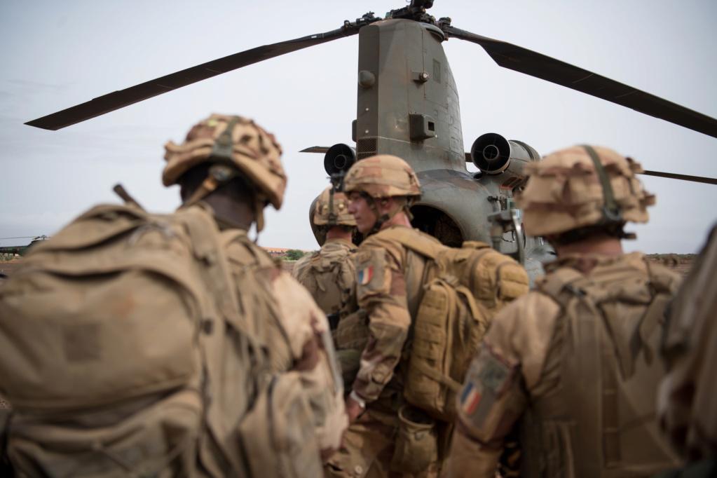 Des hélicos britanniques pour l'opération Barkhane au Sahel 2018_e37