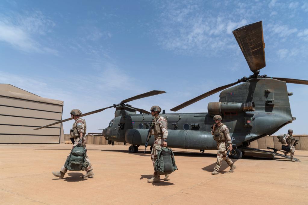 Des hélicos britanniques pour l'opération Barkhane au Sahel 2018_t28