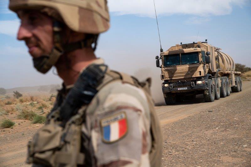 Opération Charente, , un convoi dans le désert 2018_t53