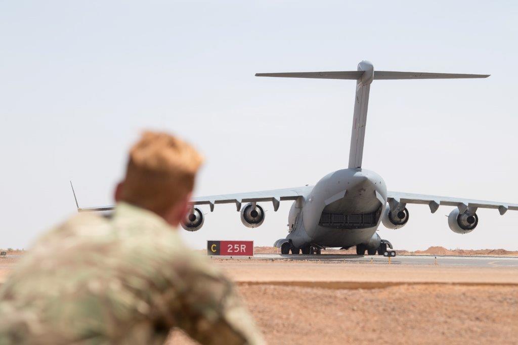 Relève d'un CH-47 Chinook britannique sur la base de Gao 2019_e13