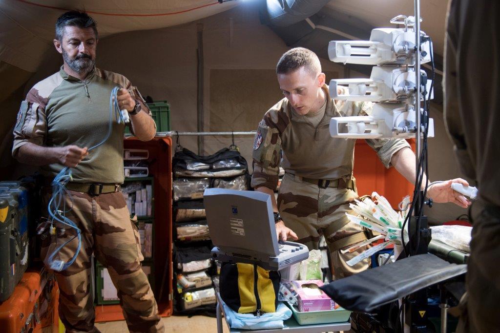Un bloc opératoire au plus près des combattants 2019_e86