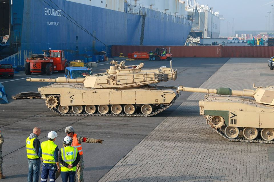 Acheminements de la 1 ArBde US pour Atlantic Resolve 37053010