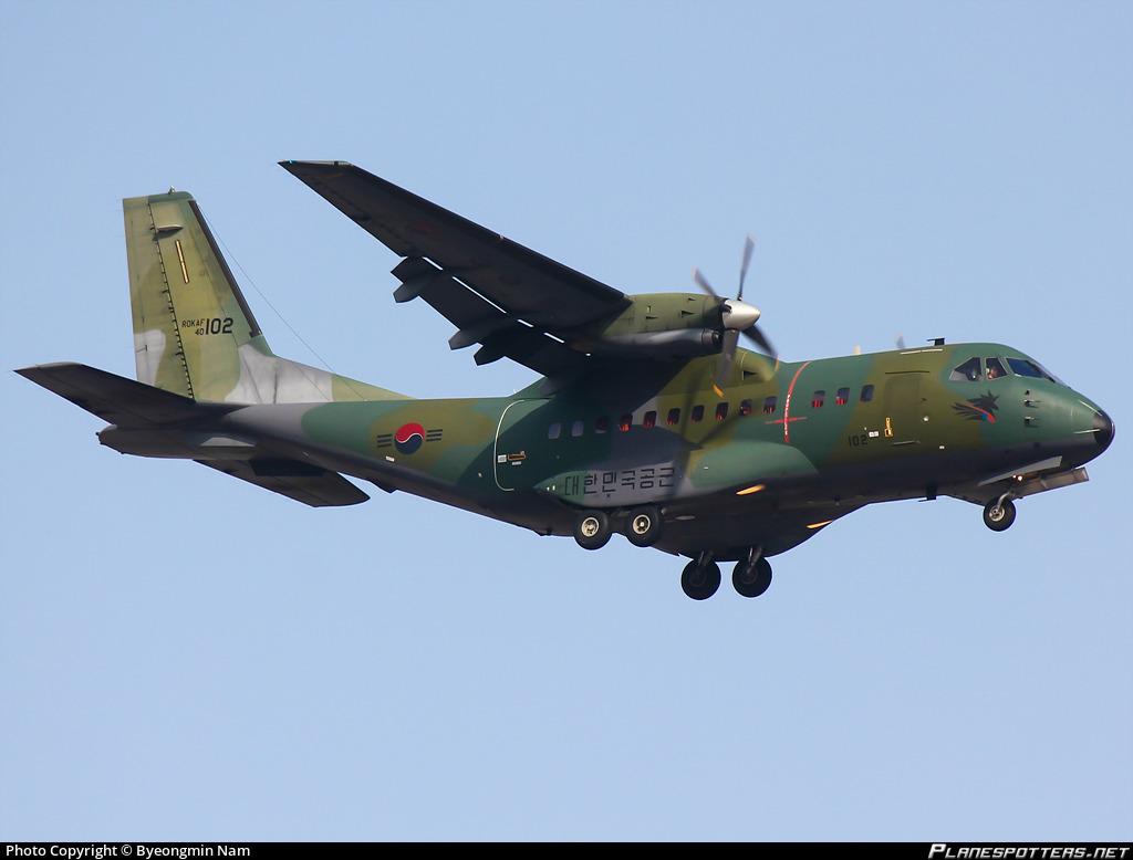 Echangerait A400 M contre avions d'entraînement              40-10210