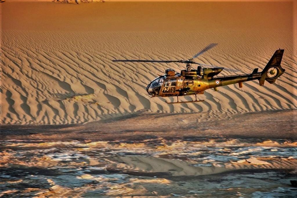 Opération dans le Liptako, une Gazelle hors service 4e238f10