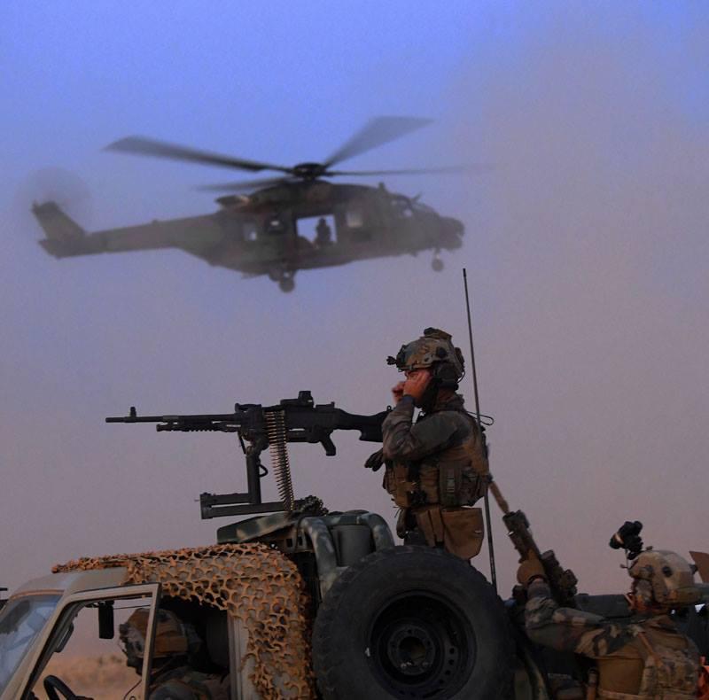 Avec les Groupe Commando Montagne du Liptako 52859310