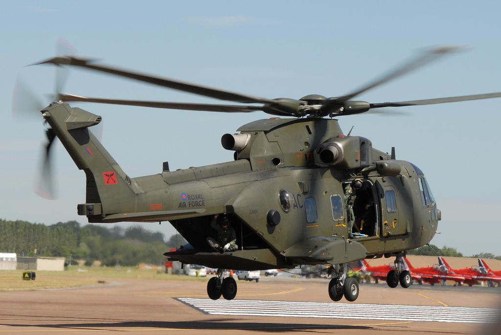 En décembre 2 hélicoptères lourds danois pour Barkhane 54228310