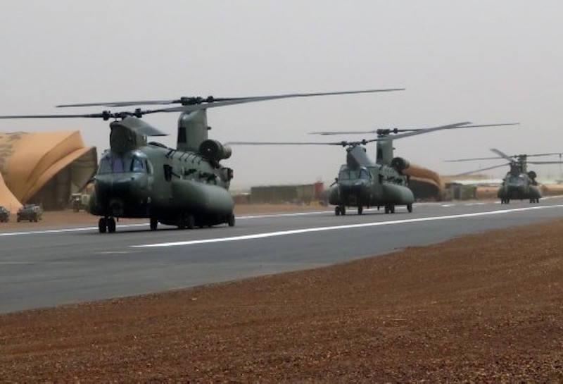 En décembre 2 hélicoptères lourds danois pour Barkhane 5b7bd810