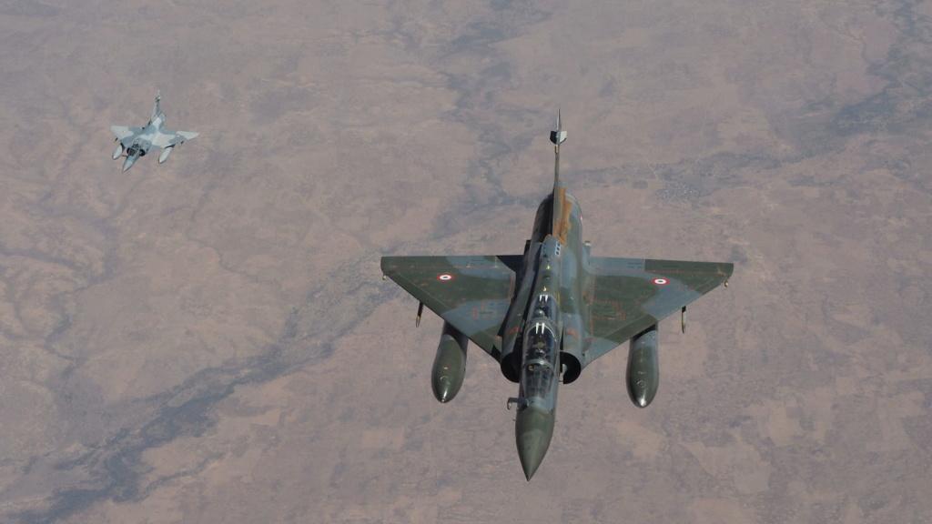 Barkhane frappe des positions jihadistes  5b855d10