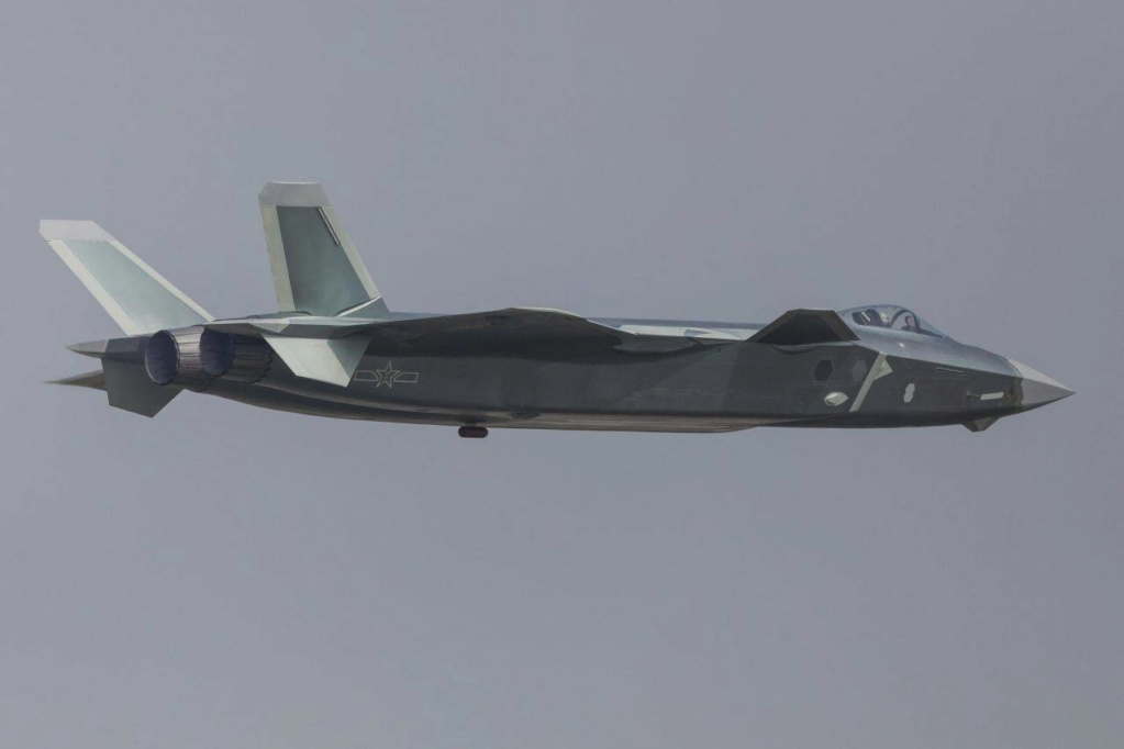 Le Chengdu J-20 chinois encore avec un moteur... russe 62756013
