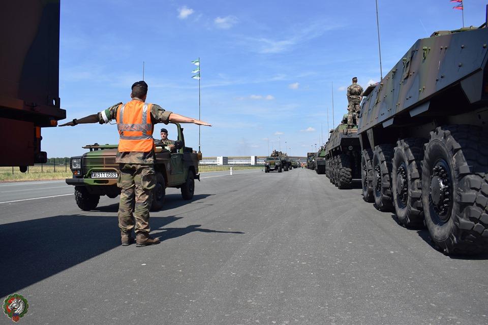 Défilés militaires du 14 juillet 2019 à Paris et les replays - Page 2 66184310