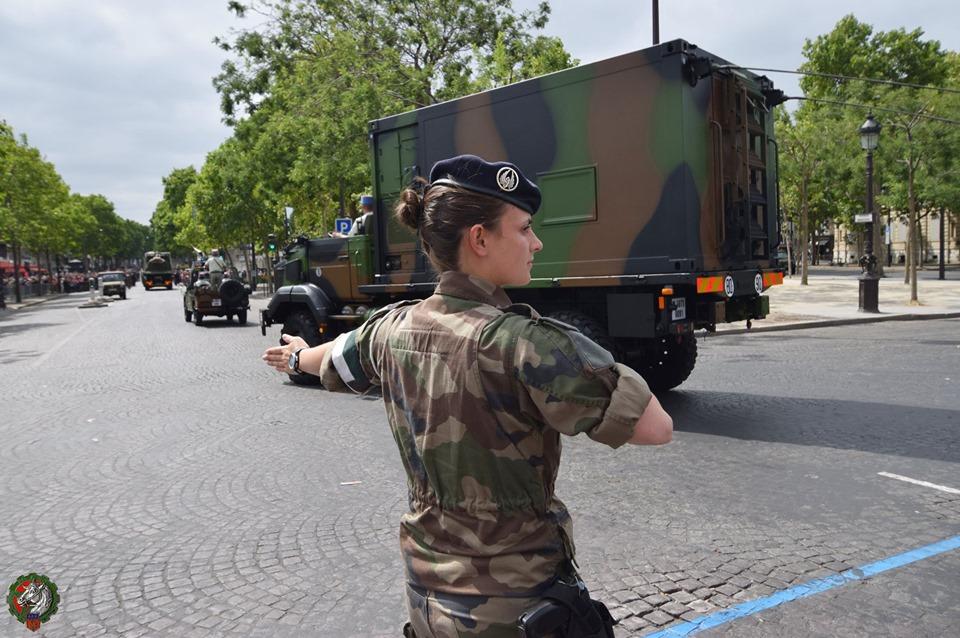 Défilés militaires du 14 juillet 2019 à Paris et les replays - Page 4 66858310