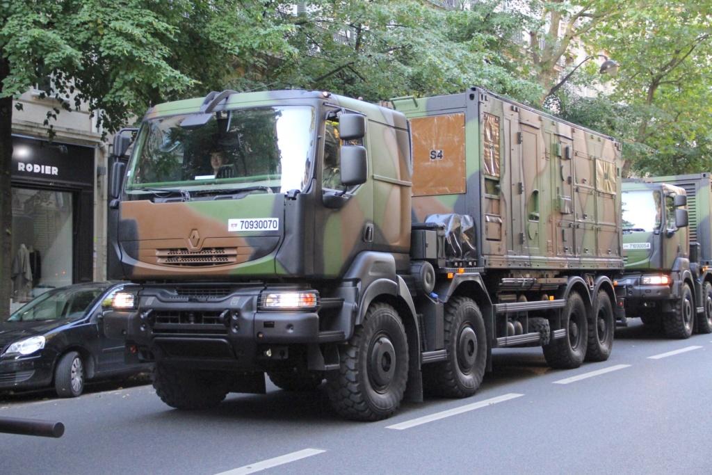Livraison des camions Mack pour l'armée canadienne 88e0a710