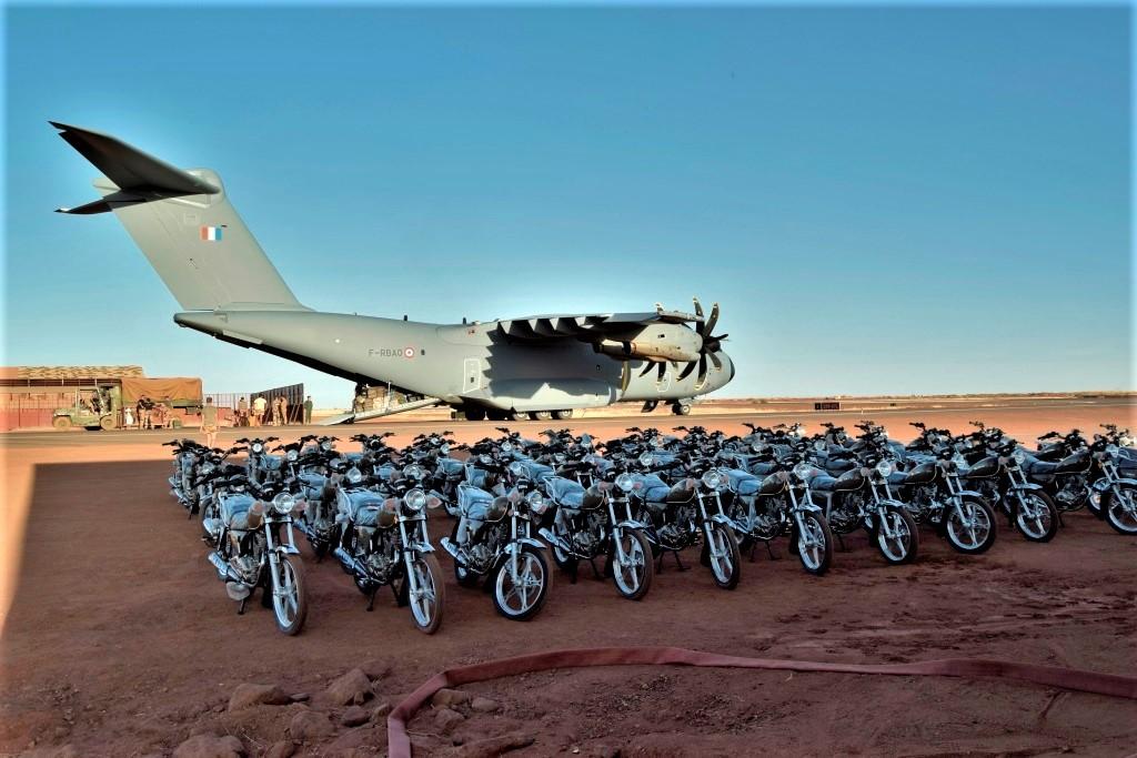 Des motos pour les Forces Armées Maliennes _csc7110