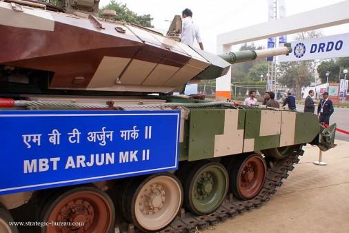 Le char de bataille indien Arjun prêt à entrer en production Arjun-11