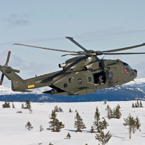 En décembre 2 hélicoptères lourds danois pour Barkhane Aw101-10