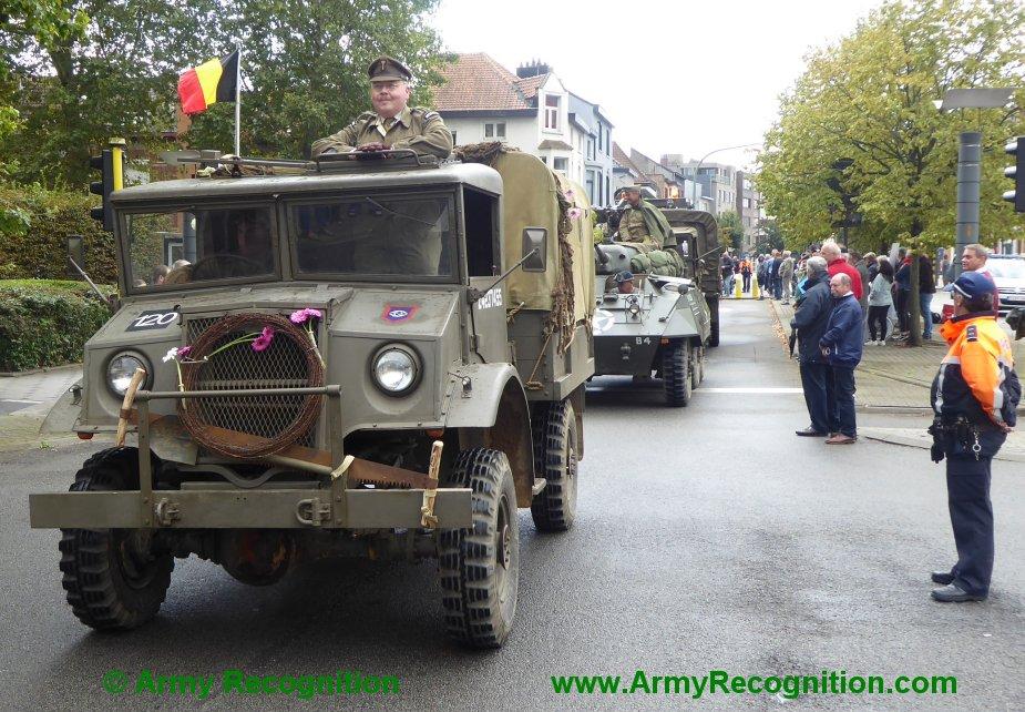 Le convoi belge de l'anniversaire de la libération Belgiu22