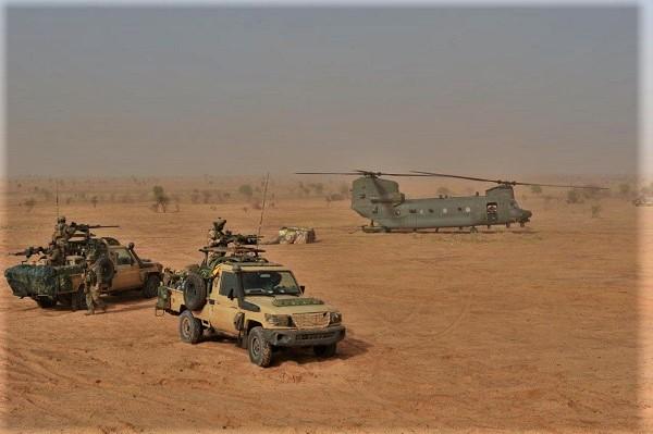 Mission prolongée pour les 3 CH-47D Chinook de la RAF Chinoo14