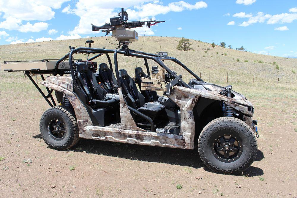Un nouveau buggy électrique pour l'US Marine Corps ! D6luez10