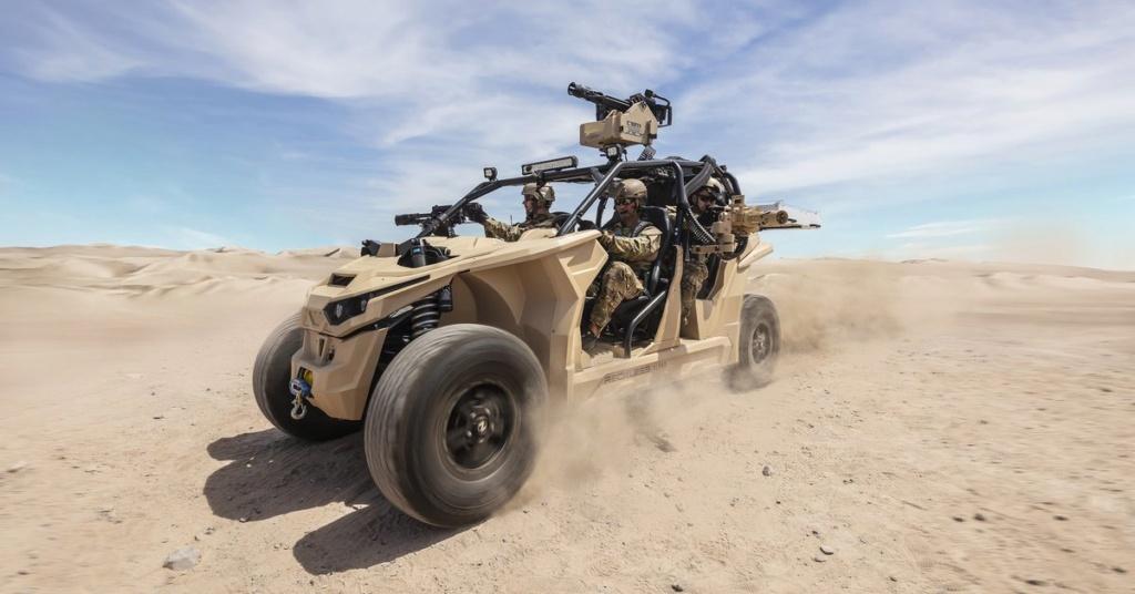 Un nouveau buggy électrique pour l'US Marine Corps ! D6luf510