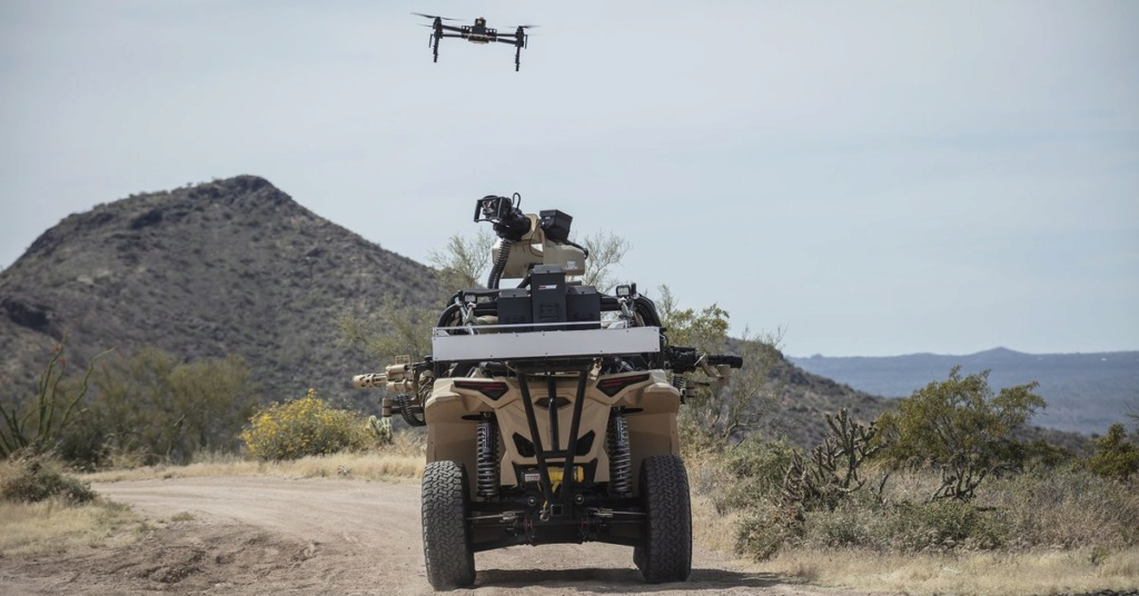Un nouveau buggy électrique pour l'US Marine Corps ! D6luhb10