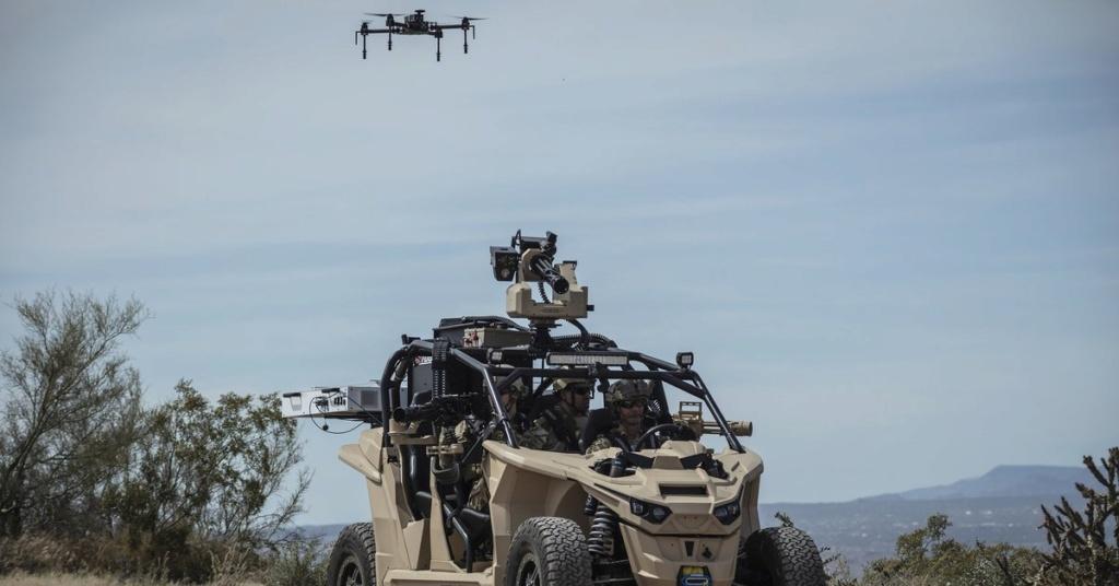 Un nouveau buggy électrique pour l'US Marine Corps ! D6lui_10