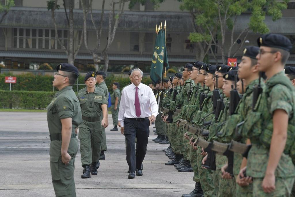Singapour présente le véhicule de combat blindé Hunter D8x7zt10