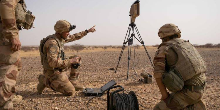 Le MURIN, le nouveau radar tactique en action à Barkhane Decouv10