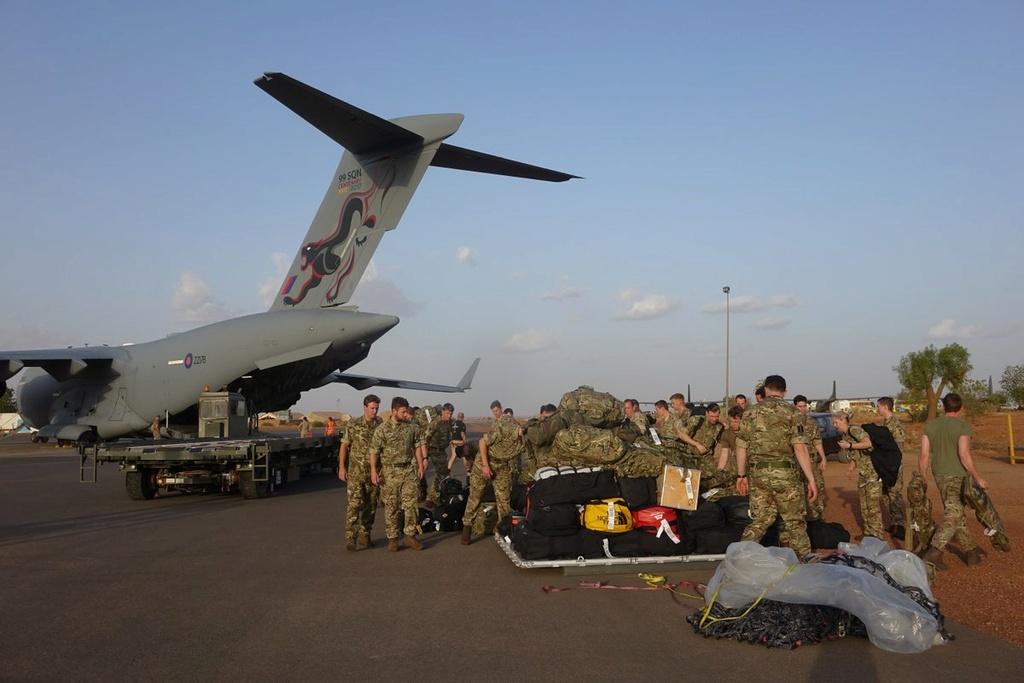 Des hélicos britanniques pour l'opération Barkhane au Sahel Dfk5eb10