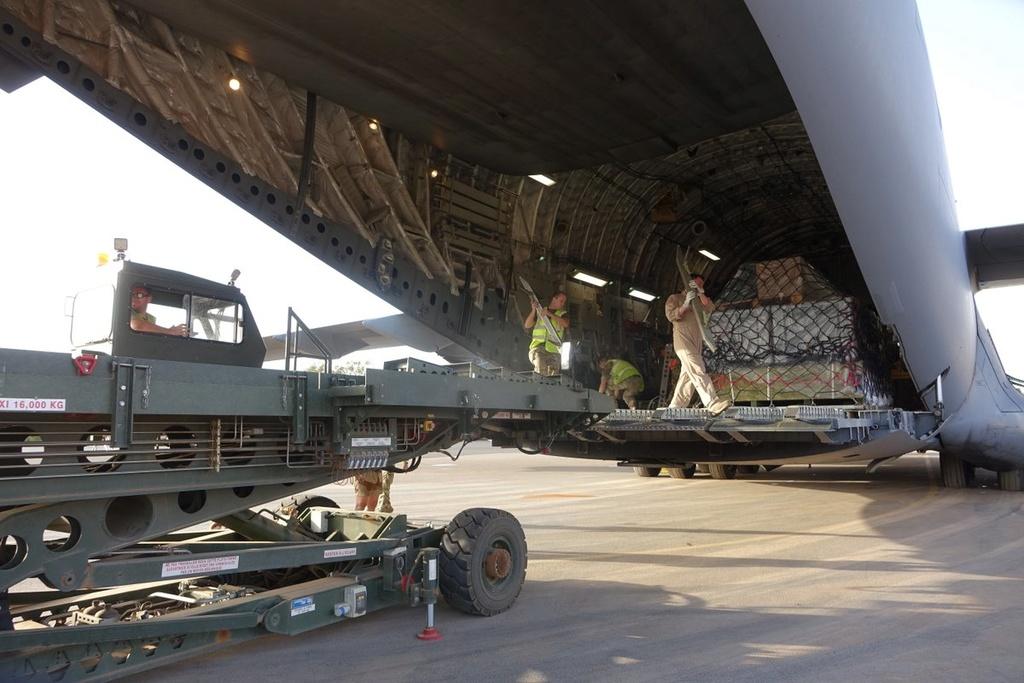 Des hélicos britanniques pour l'opération Barkhane au Sahel Dfk5ej10