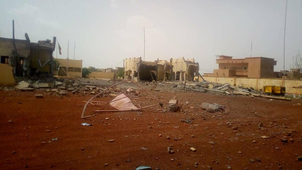 Le QG de la force du G5 Sahel attaquée à Sévaré Dg3sss10