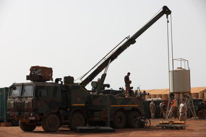 50 soldats estoniens auprès de la France au Mali Dmakhj10