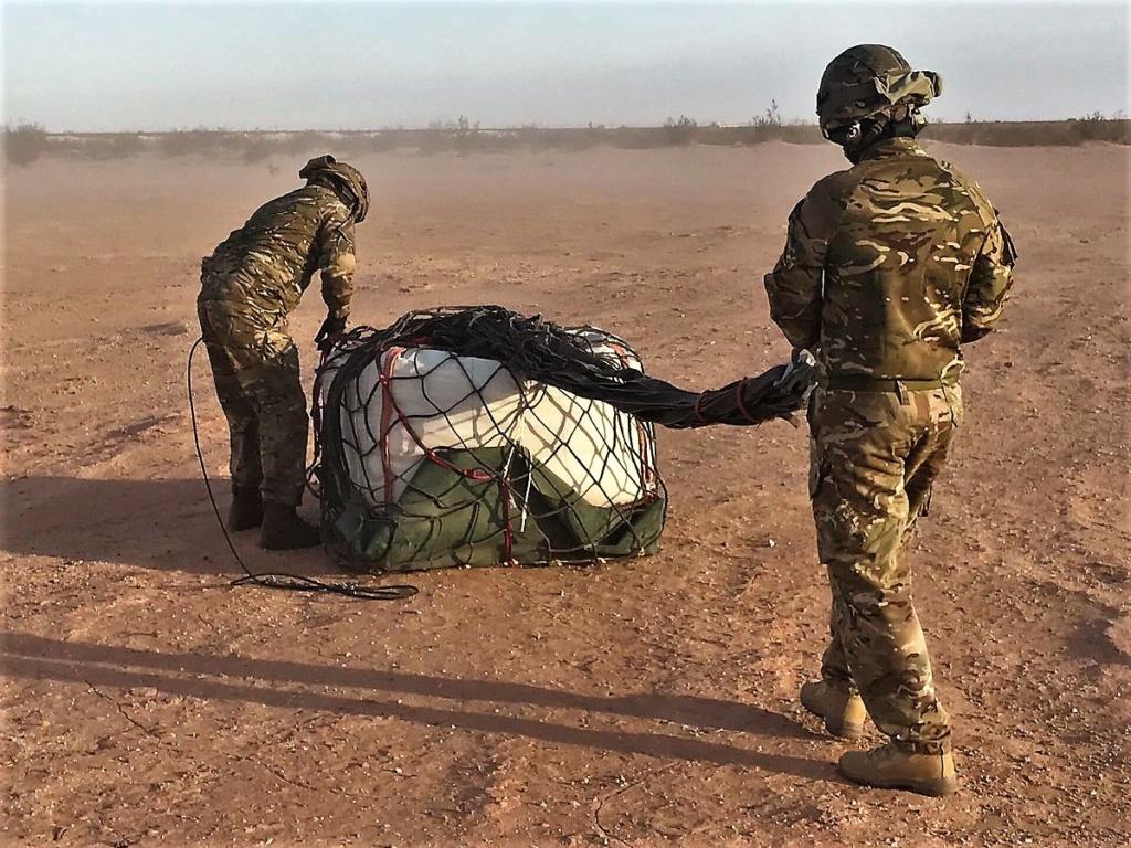 Des hélicos britanniques pour l'opération Barkhane au Sahel Dmlku-15