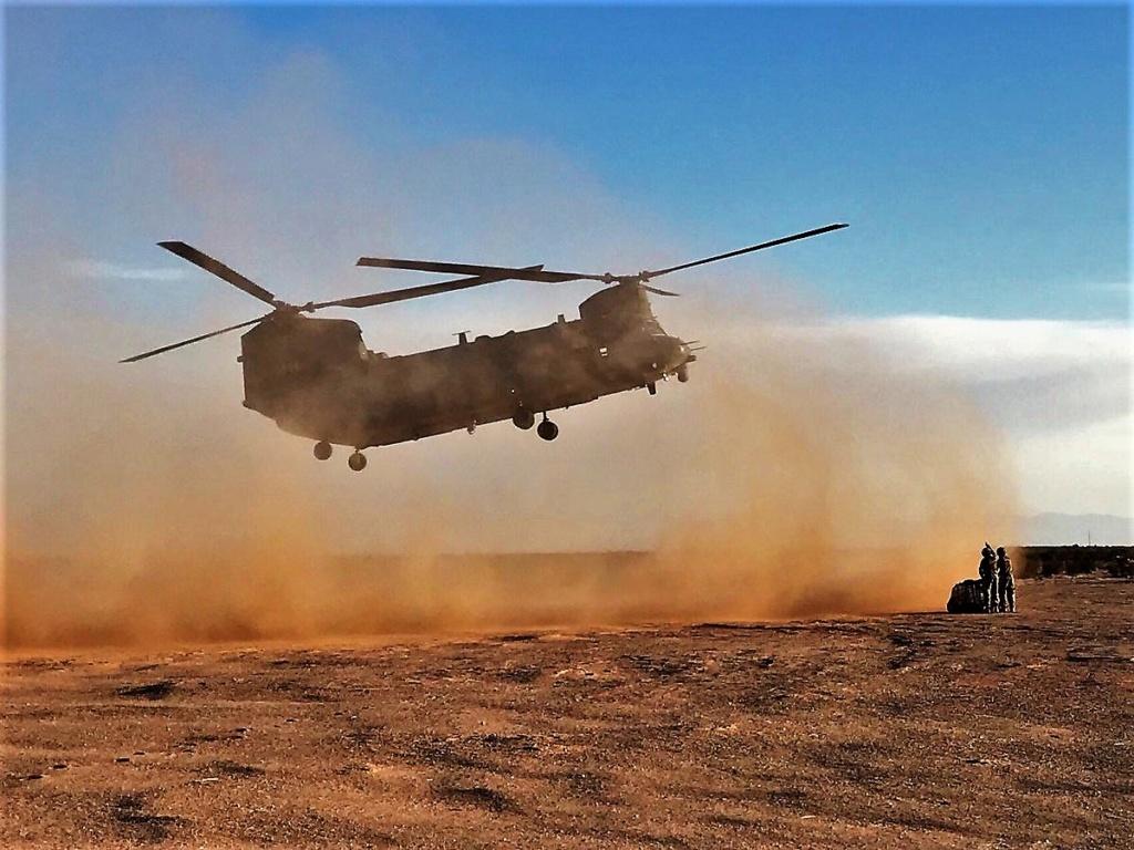 Des hélicos britanniques pour l'opération Barkhane au Sahel Dmlku-17