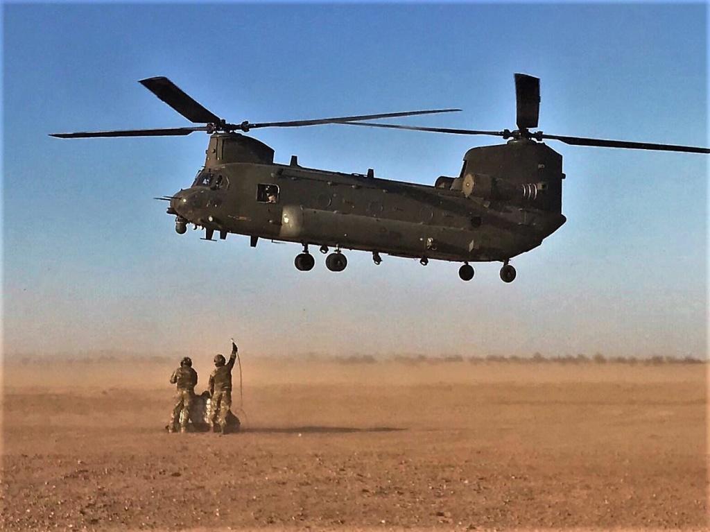 Des hélicos britanniques pour l'opération Barkhane au Sahel Dmlku-18