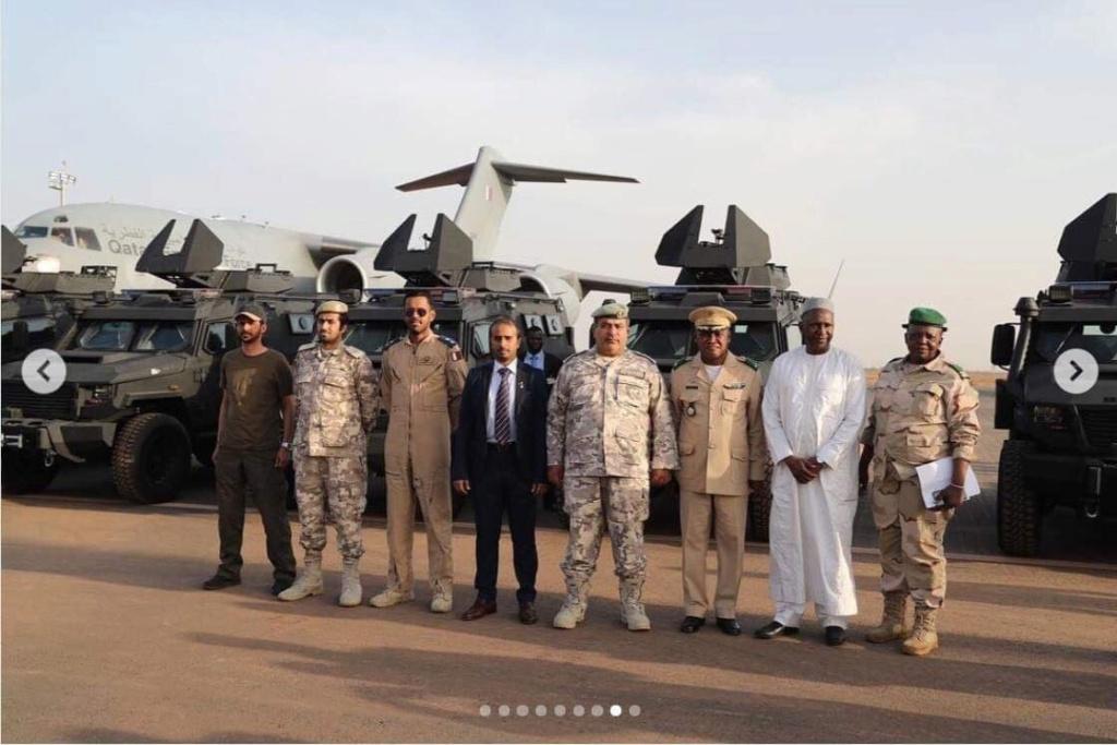 """Le Qatar offre 24 blindés de type """"Storm"""" à l'armée malienne Dvfsiw11"""
