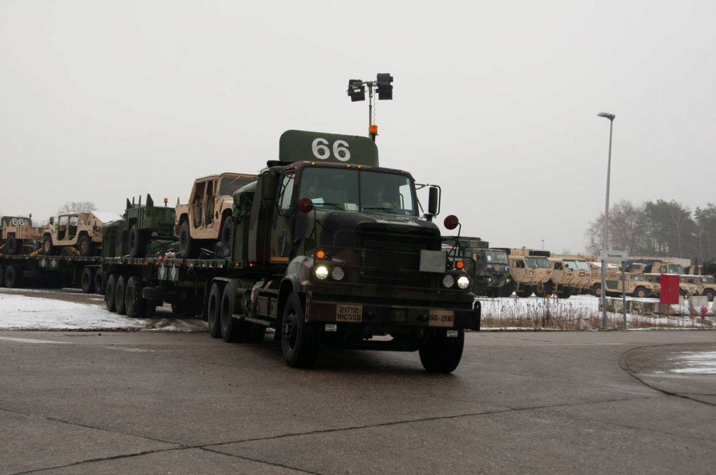 Acheminements de la 1 ArBde US pour Atlantic Resolve Dx3n7w10