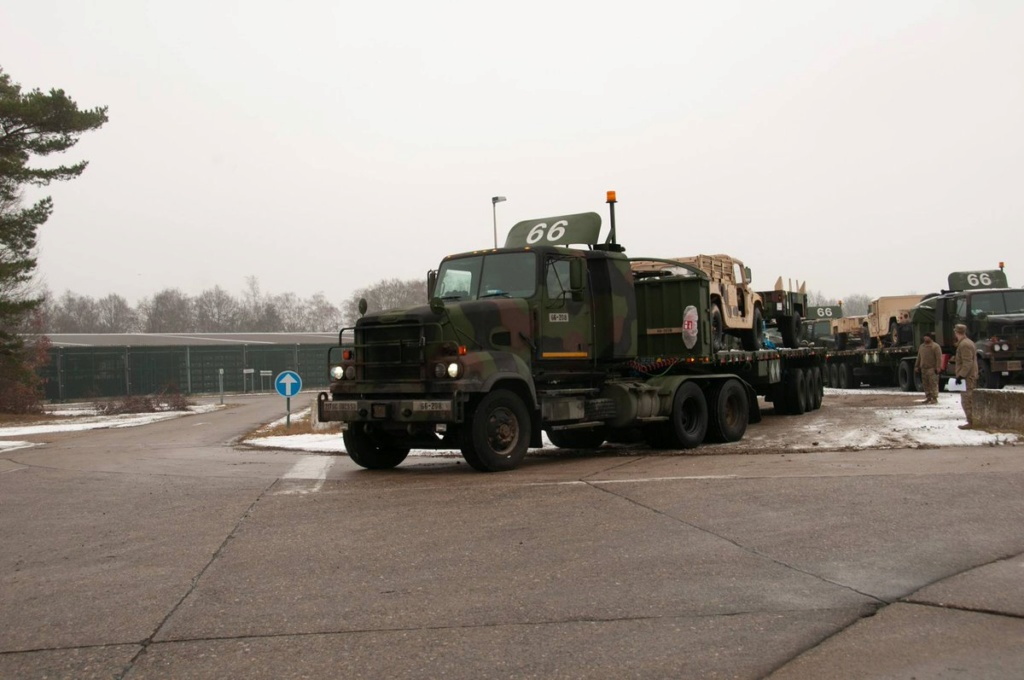Acheminements de la 1 ArBde US pour Atlantic Resolve Dx3n_f10