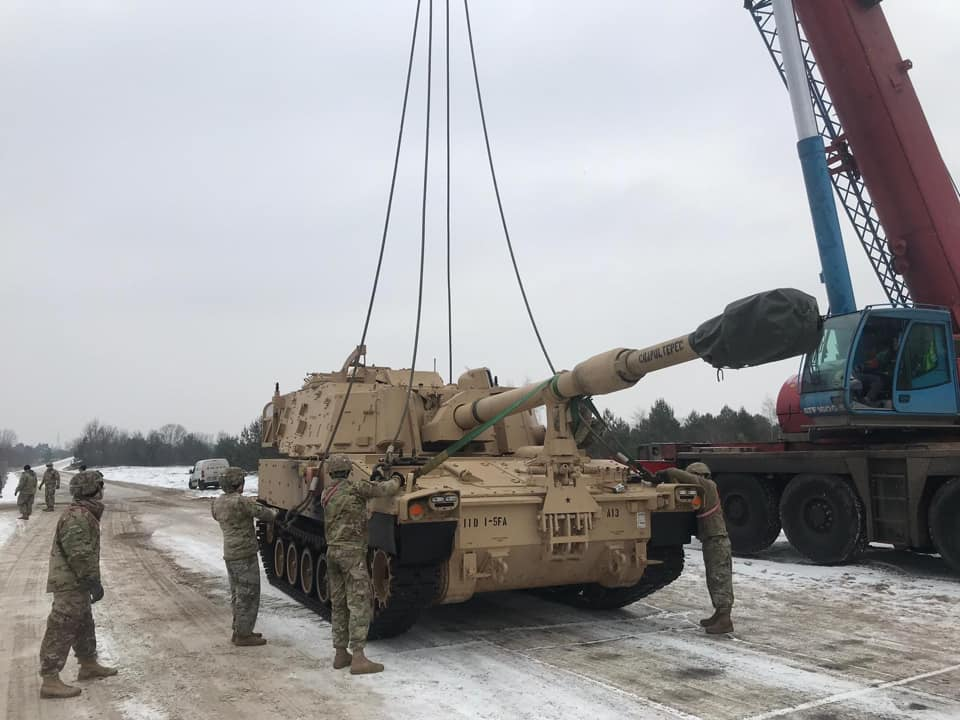 Acheminements de la 1 ArBde US pour Atlantic Resolve Dx8svp10