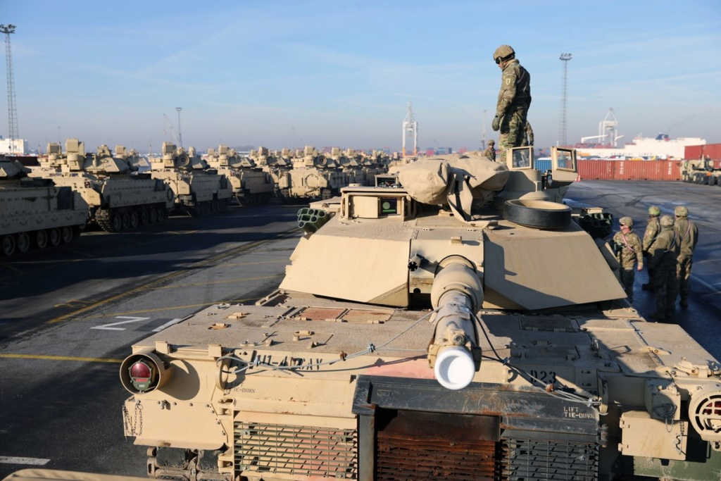 Acheminements de la 1 ArBde US pour Atlantic Resolve Dxepav10