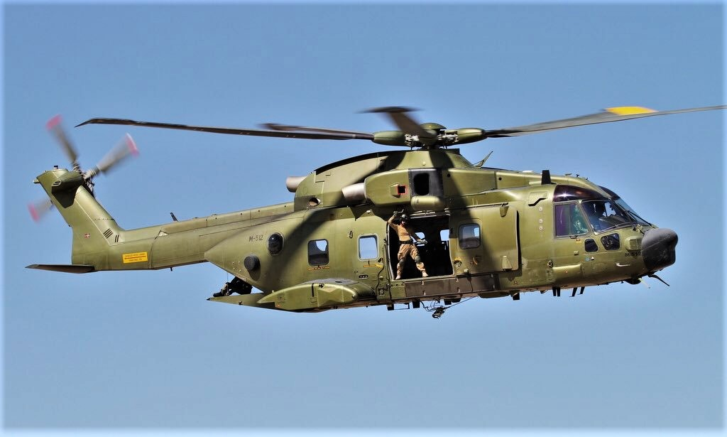 En décembre 2 hélicoptères lourds danois pour Barkhane Dxwvpw10