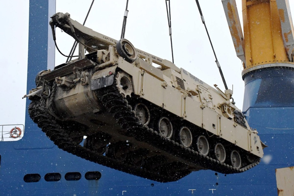 Acheminements de la 1 ArBde US pour Atlantic Resolve Dyq7ht11