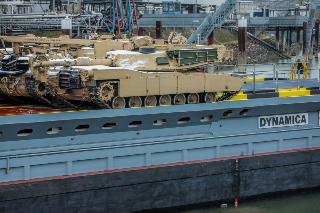 Acheminements de la 1 ArBde US pour Atlantic Resolve Dyux7710