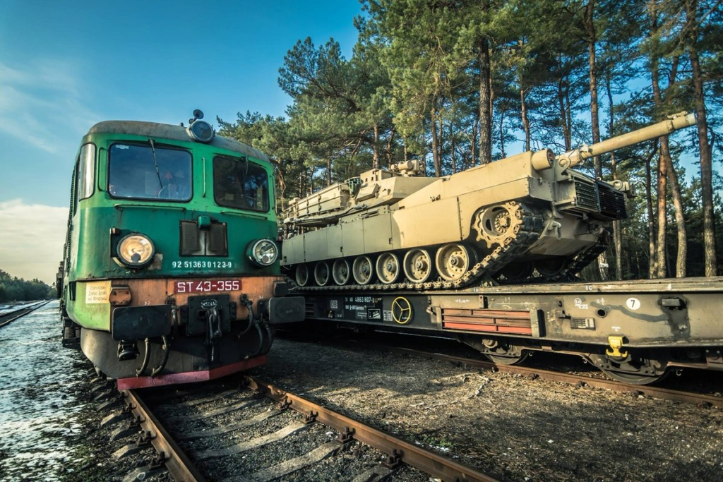 Acheminements de la 1 ArBde US pour Atlantic Resolve Dywh5y10
