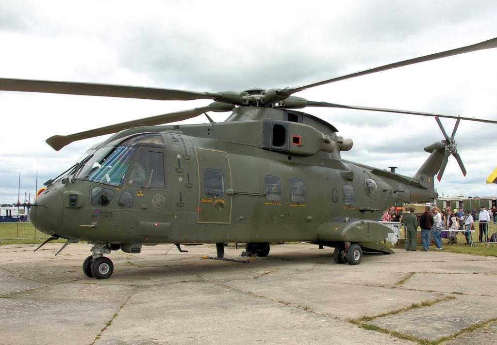 En décembre 2 hélicoptères lourds danois pour Barkhane Ehi_aw10