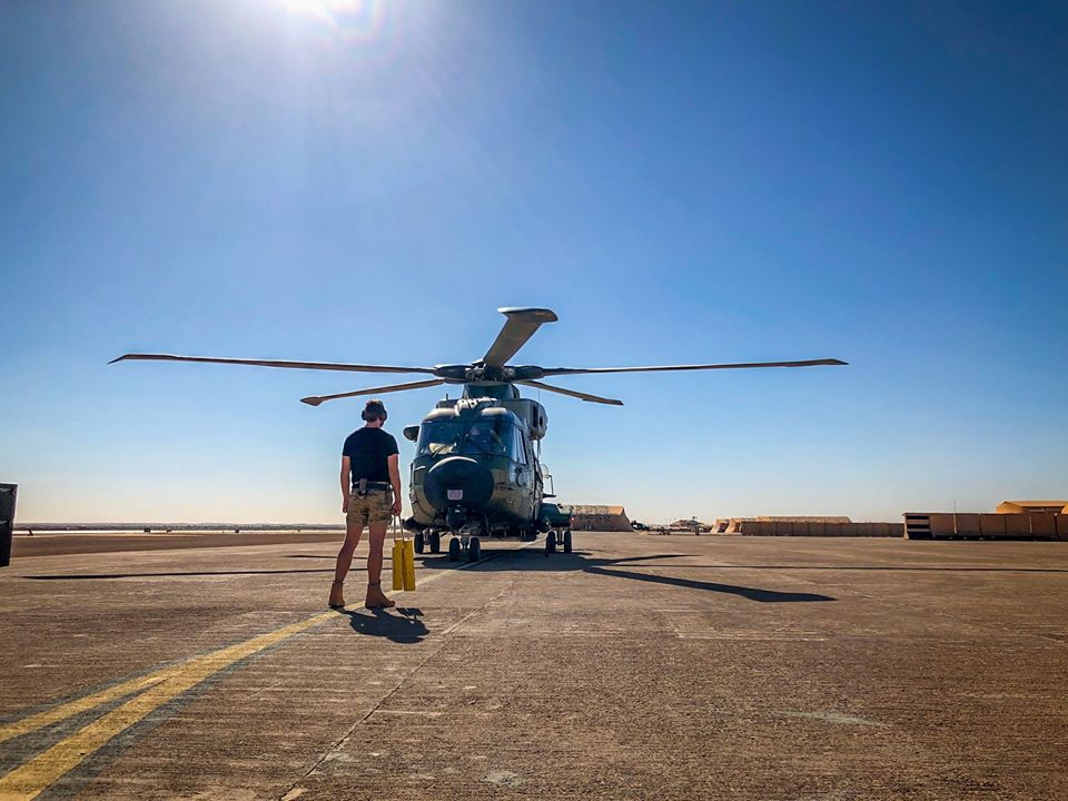 En décembre 2 hélicoptères lourds danois pour Barkhane El_rvh10