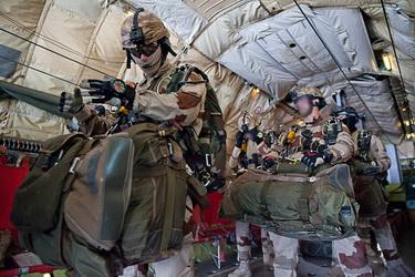 1er largage opérationnel par A400M au Mali Halo610