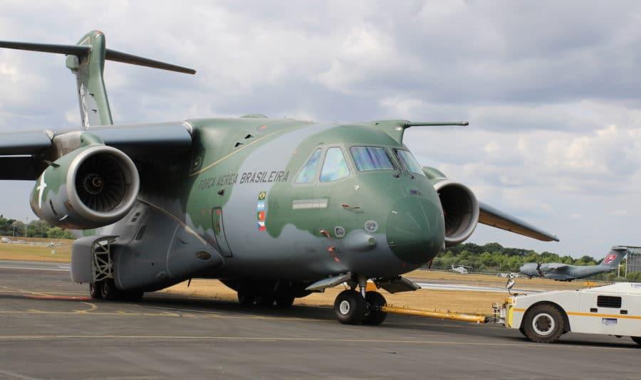 Le KC-390 brésilien, une sortie de piste à...127 M$ ! !  Kc-39010